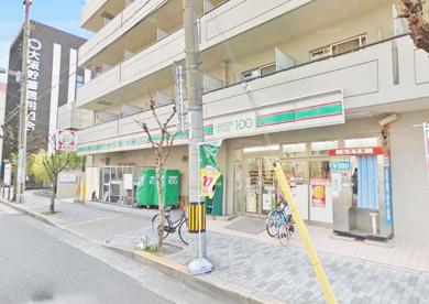 ローソンストア100 淀川西三国店の画像1