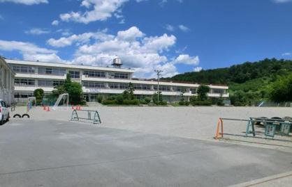 高崎市立中室田小学校の画像1