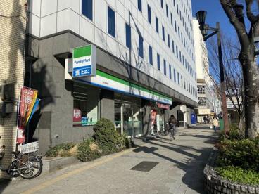 ファミリーマート 谷九駅前店の画像1