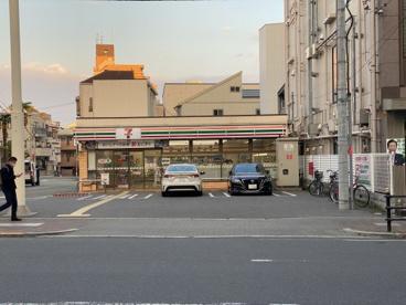 セブンイレブン 大阪味原本町店の画像1