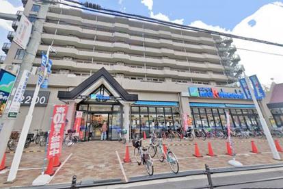 スーパーマルハチ野中北店の画像1