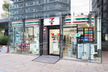 セブンイレブン新大阪ブリックビル店の画像1
