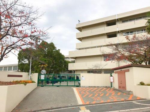 吹田市立 山田東中学校の画像