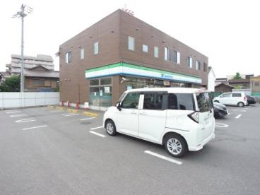 ファミリーマート 津知屋横須賀店の画像1