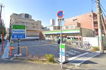 ファミリーマート 緑地公園駅西店の画像1