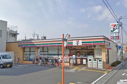 セブン-イレブン 豊中千成町店の画像1
