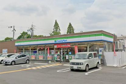 ファミリーマート 豊中インター南店の画像1