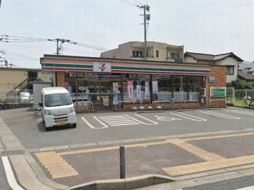セブンイレブン福岡原1丁目店の画像1