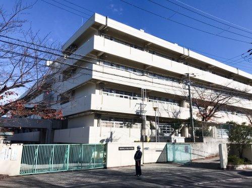 吹田市立 千里丘中学校の画像
