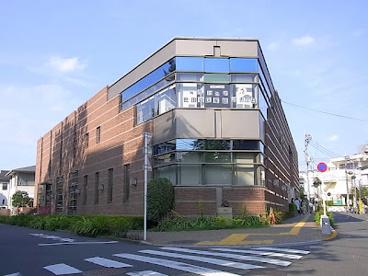 世田谷区立砧図書館の画像1