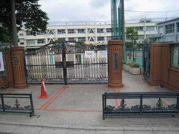 守山小学校の画像1