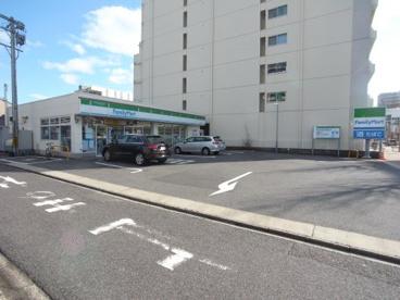 ファミリーマート 東山線今池駅店の画像1