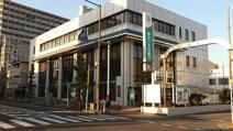 埼玉りそな銀行岩槻支店