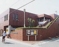 岩槻図書館
