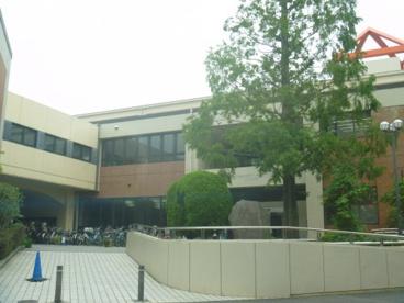 横浜市中図書館の画像1