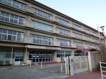 宝塚市立 中山五月台小学校の画像1