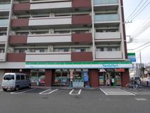 ファミリーマート 辻堂神台店