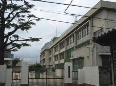 豊中市立螢池小学校の画像1