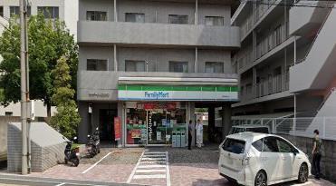 ファミリーマート 米田総持寺店の画像1