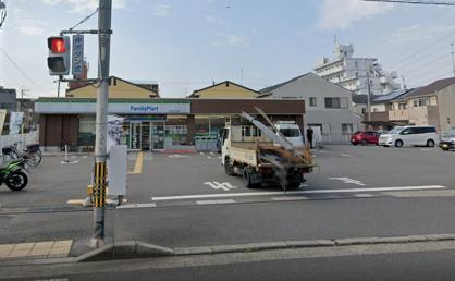 ファミリーマート 下津林芝ノ宮町店の画像1