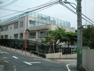 富ヶ谷小学校の画像1