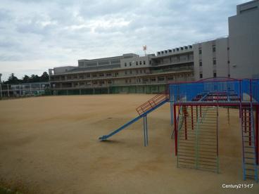 宝塚市立 長尾小学校の画像2