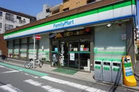 ファミリーマート 横浜新川町店の画像1