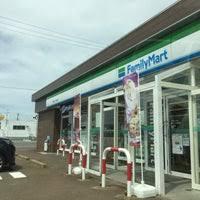 ファミリーマート横越うぐいす団地店の画像1
