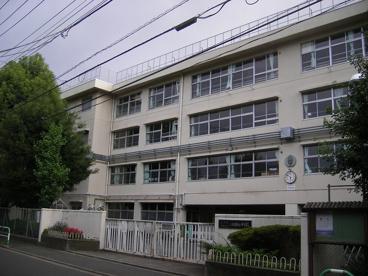 上祖師谷中学校の画像1