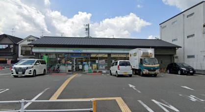 ファミリーマート 西京御陵溝浦店の画像1