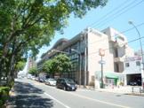 江戸川区立中央図書館