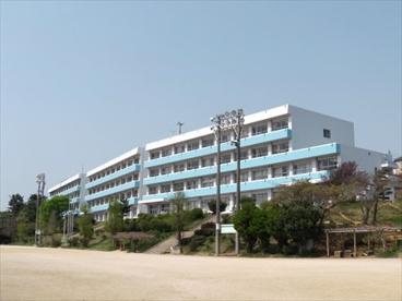船橋市立三田中学校の画像1