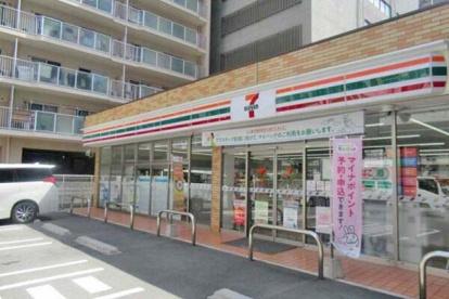 セブン-イレブン 吹田江坂町1丁目店の画像1