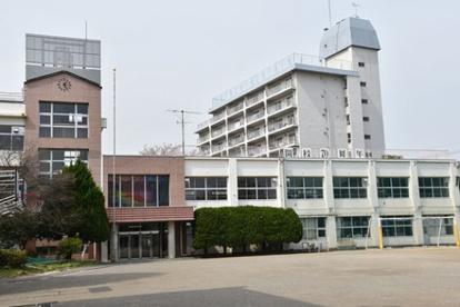 大田区立田園調布中学校の画像1