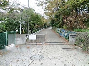 横浜市立仲尾台中学校の画像1
