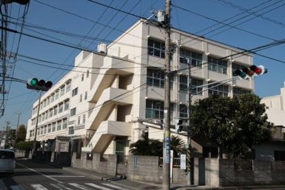 横浜市立大綱中学校の画像1