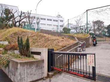 横浜市立生麦中学校の画像1