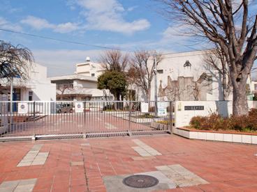 寺尾中学校の画像1