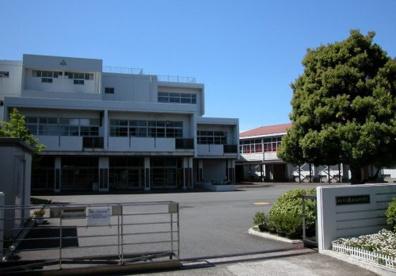 栗田谷中学校の画像1