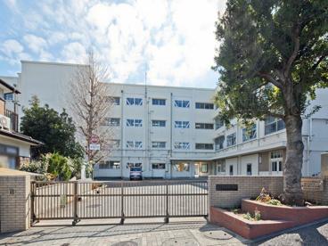 奈良小学校の画像1