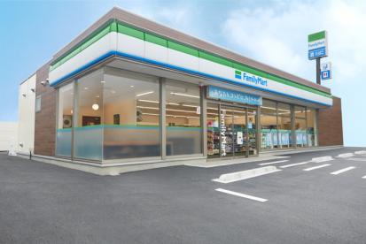 沖縄ファミリーマート 宮里一丁目店の画像1