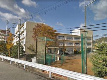 宝塚市立南ひばりガ丘中学校の画像1
