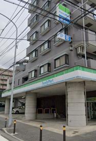 ファミリーマート 戸塚名瀬町店の画像1