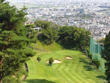 雲雀丘ゴルフ倶楽部の画像1