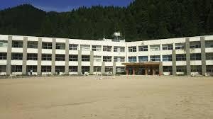智頭町立智頭小学校の画像1