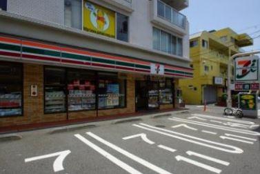 セブン-イレブン 横浜戸塚上倉田店の画像1