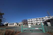 成瀬小学校
