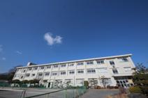 成瀬中学校