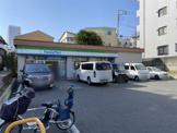 ファミリーマート品川桐ケ谷通り店