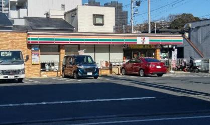 セブンイレブン 藤沢朝日町店の画像1